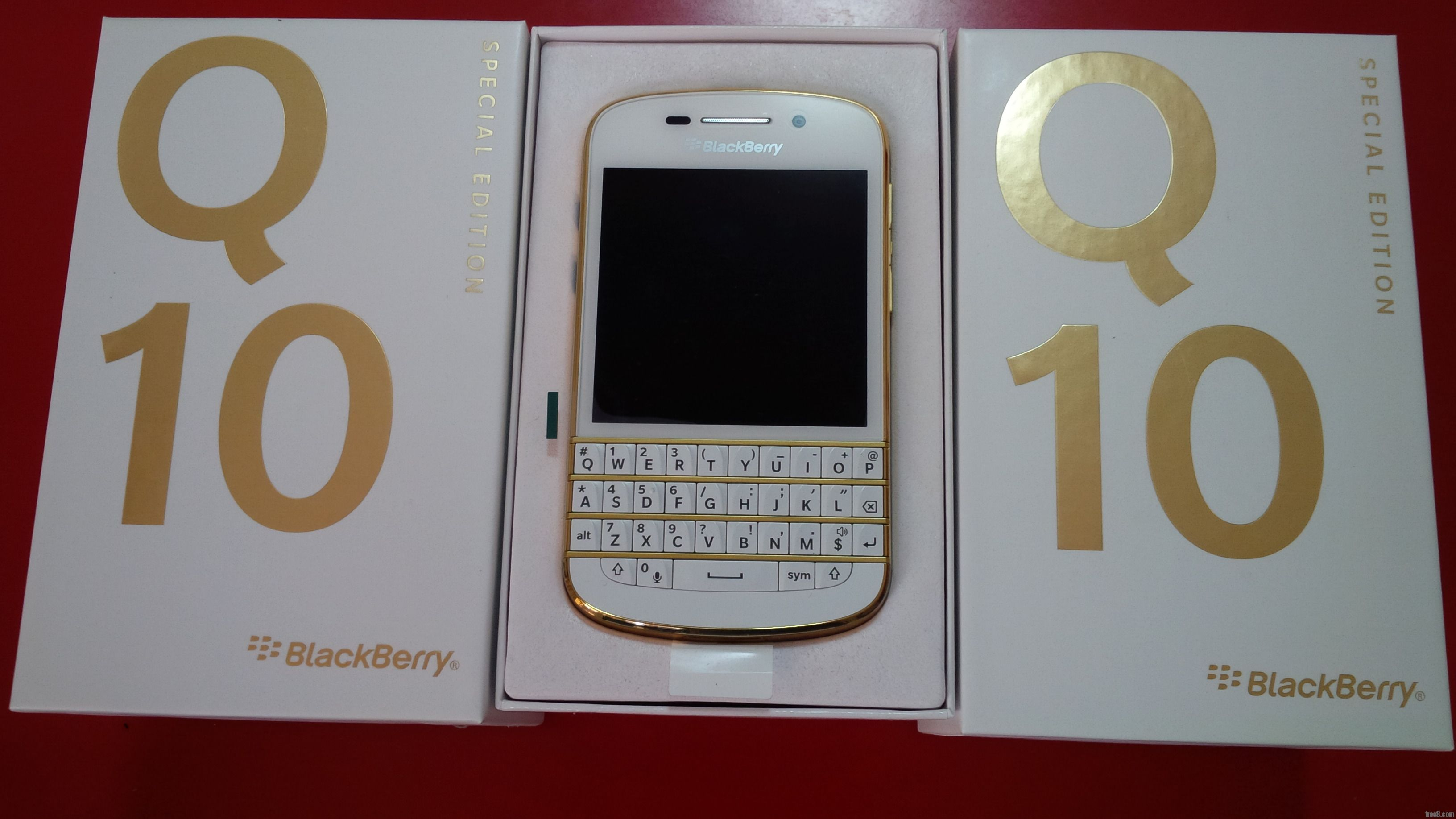 blackberry q10 vang Gold